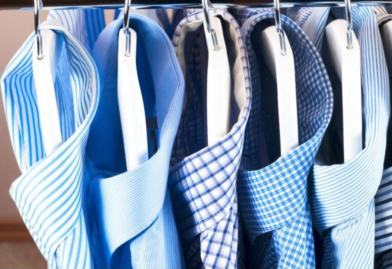 5 chemises sur Cintre